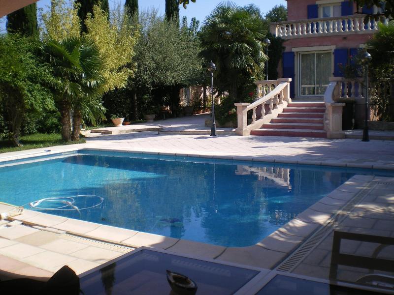 A piscina (8 m/5 m)