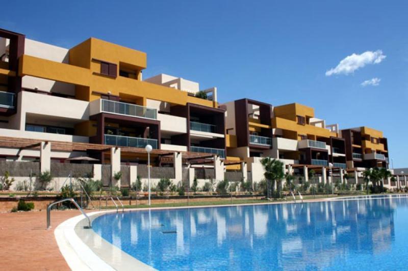 El Bosque Apartments.