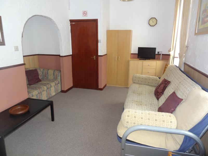 Lindisfarne Holiday Aparments apt 5, holiday rental in Blackpool