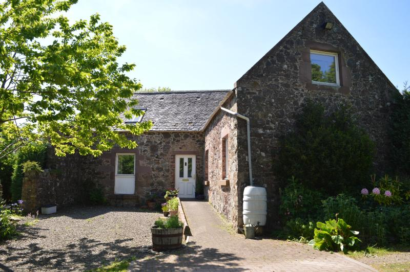 Fairlaw Garden Cottage, holiday rental in Borders