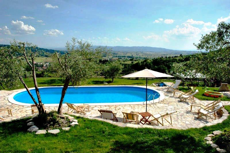 apartments in a castle near to Assisi 814, alquiler vacacional en Civitella d'Arno