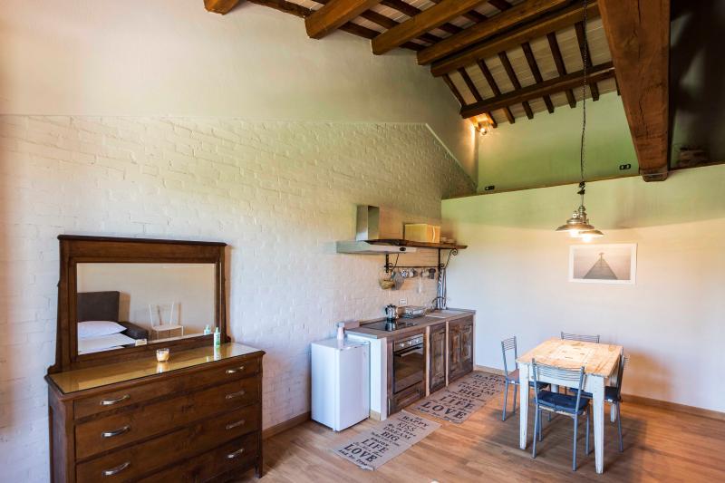 ABBAZIA SETTE FRATI - FRATRES Appartamento Felicis, casa vacanza a Piegaro