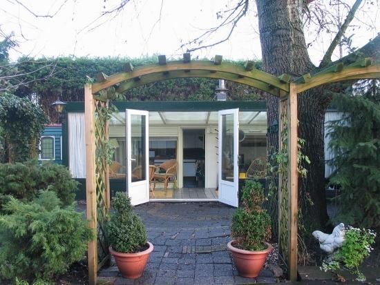 entrance cottage 'De Hut'