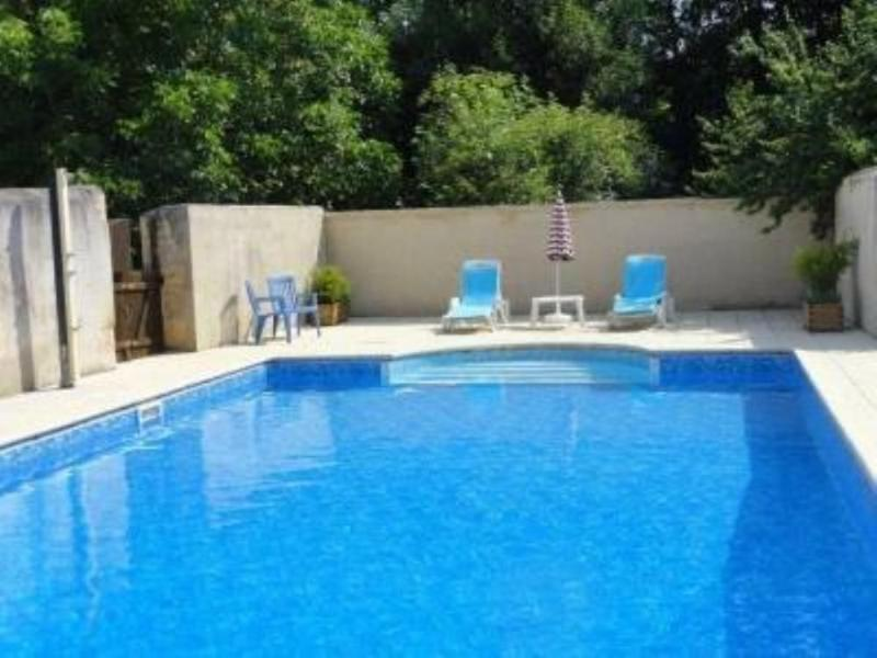 Swimming pool close to walls (12 m x 6 m).