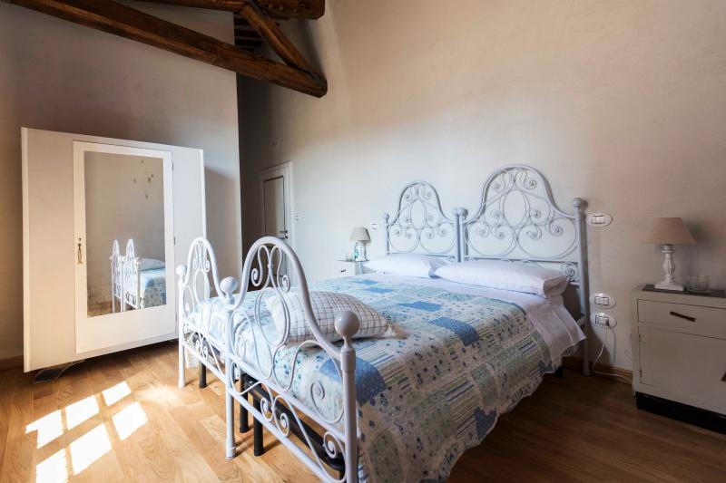 ABBAZIA SETTE FRATI - FRATRES Camera Martialis, casa vacanza a Piegaro