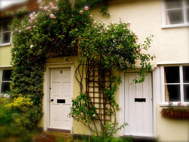 Roses over both the doors near to Cambridge