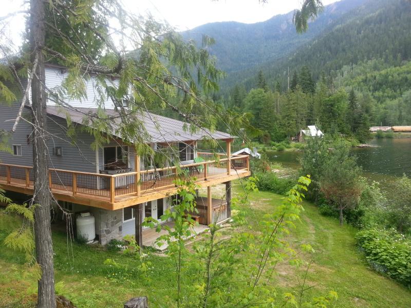 Top Hat Terrace Property