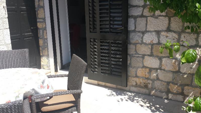 A3 Crveni(2+2): terrace
