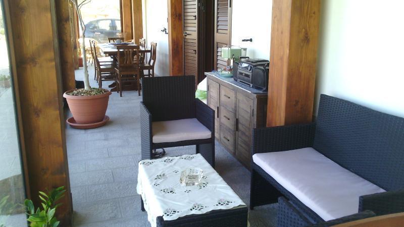Il Noceto camera 02, vacation rental in Aragona