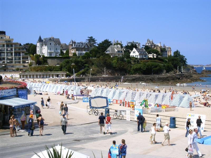 The beaches in Dinard and the view over Saint-Malo are great