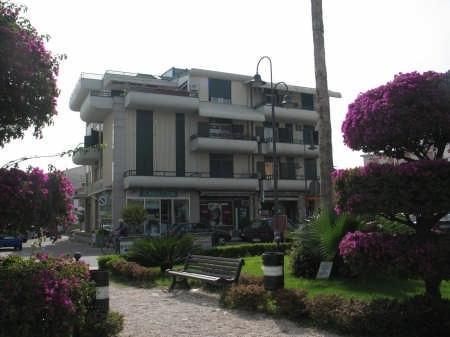 Villa Fiorita Casa Vacanze - appartamento Orchidea, holiday rental in Gioiosa Ionica