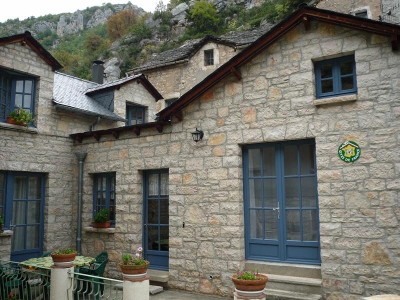 La Maison Bleue à La Malène, holiday rental in La Canourgue