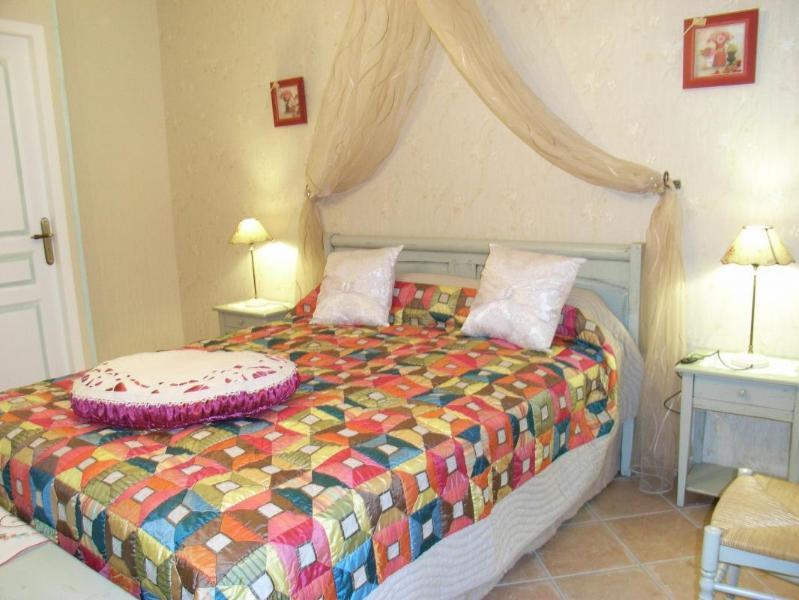 CHAMBRES D'HÔTES DE PUYGAREAU, holiday rental in Sousmoulins
