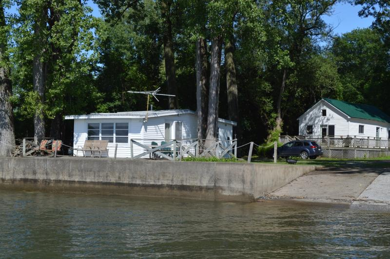Lake and Loft Cottages and Waterfront from Boat Dock