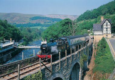 Steam train, Berwyn Station, near Llangollen