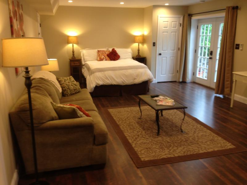 Short Term Rental Studio Apartment, holiday rental in Lynchburg