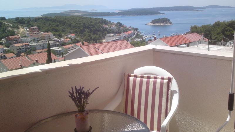Apartment Studio N°1 balcony view