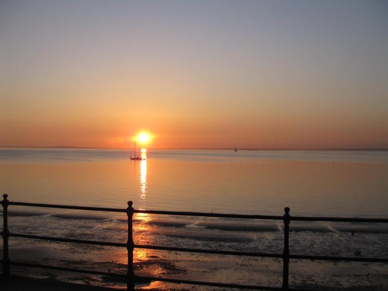 Einer der berühmten Sonnenuntergänge Totland