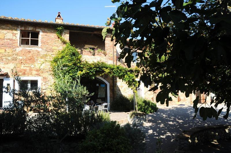 Girasoli, vacation rental in Macchie