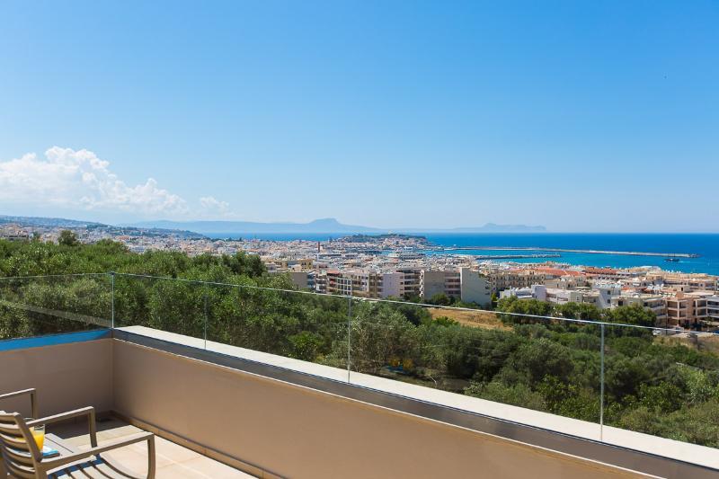 La meilleure vue qu'une villa peut offrir dans la région de Rethymnon !
