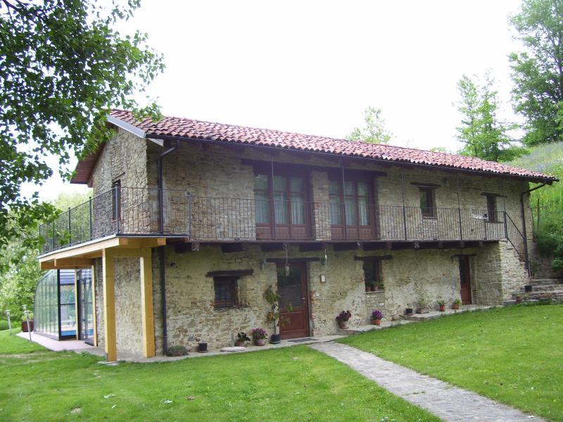 il Sartu casa di campagna, location de vacances à Castellino Tanaro
