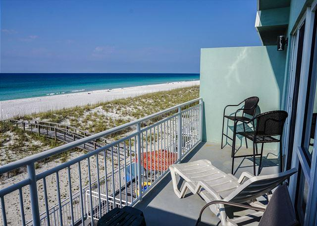 The private master balcony has amazing gulf views.