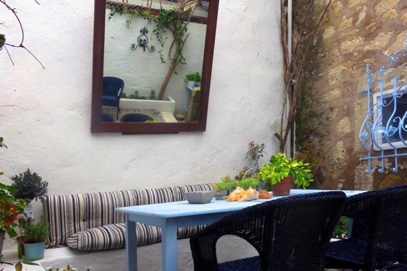 benceev blue house, holiday rental in Alacati