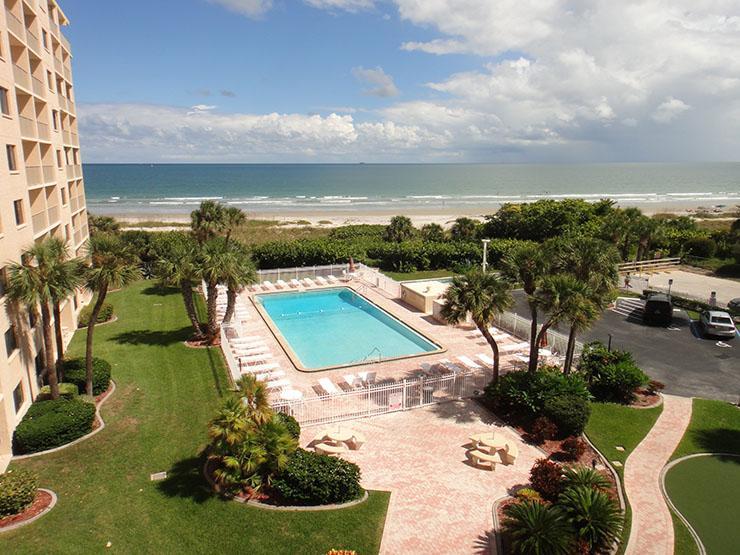 7520 Ridgewood Ave #507 :: Cape Canaveral Vacation Rental, location de vacances à Cap Canaveral