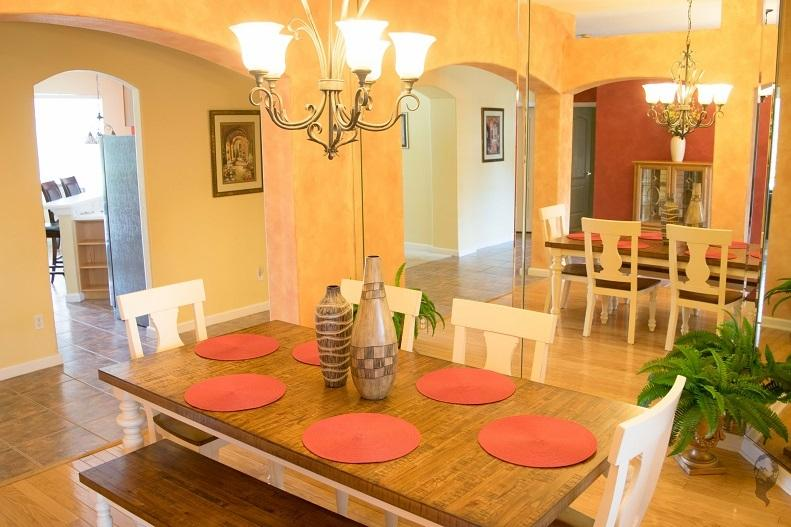 Formal dining room has seating for 6-7.  Bring in breakfast room chairs and seat 10.