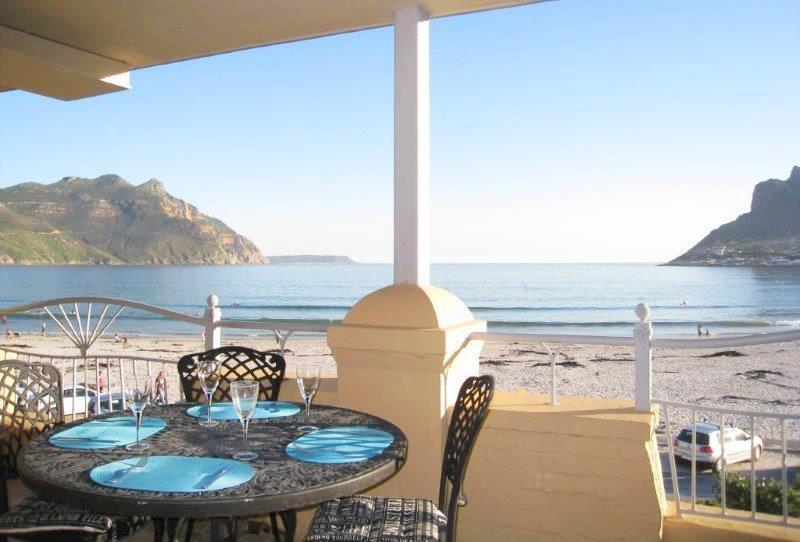 26 On Beach - Spectacular sea view Hout Bay, holiday rental in Hout Bay
