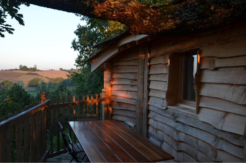 Cabane Gorgone d'Arbrakabane, holiday rental in L'Isle-en-Dodon