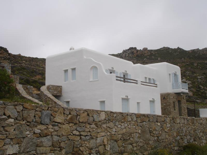MYKONOS LUXURY APPARTEMNTS, holiday rental in Agios Sostis