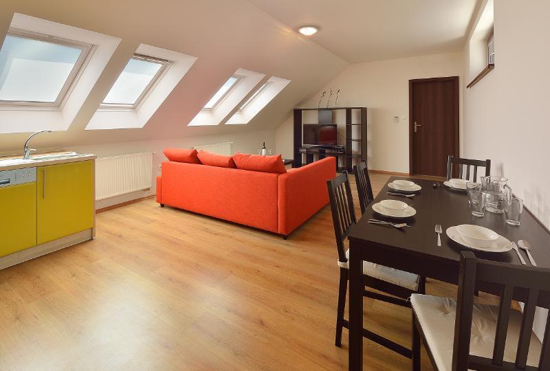 Superior 1 BDR apartment 29 Augusta Street No. 23, holiday rental in Bratislava Region