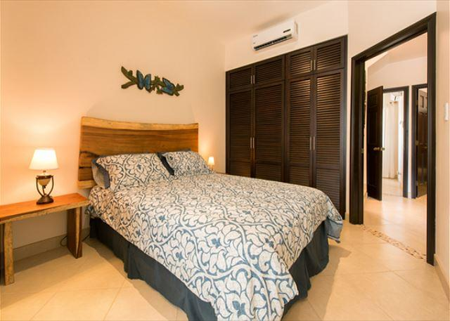 Have a slice of heaven on earth! Brand new fully furnished and equipped condo, holiday rental in Playa Grande