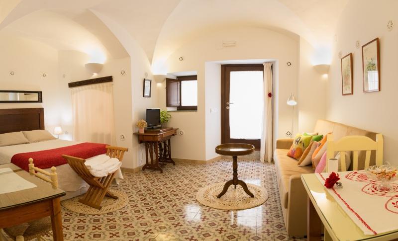 APARTAMENTO ADARVE, alquiler de vacaciones en Extremadura