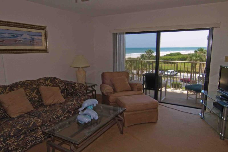 Canaveral Towers #406, holiday rental in Cape Canaveral