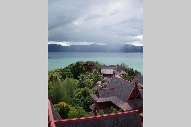 Gaze villa at the tip of the peninsular with Andaman sea views