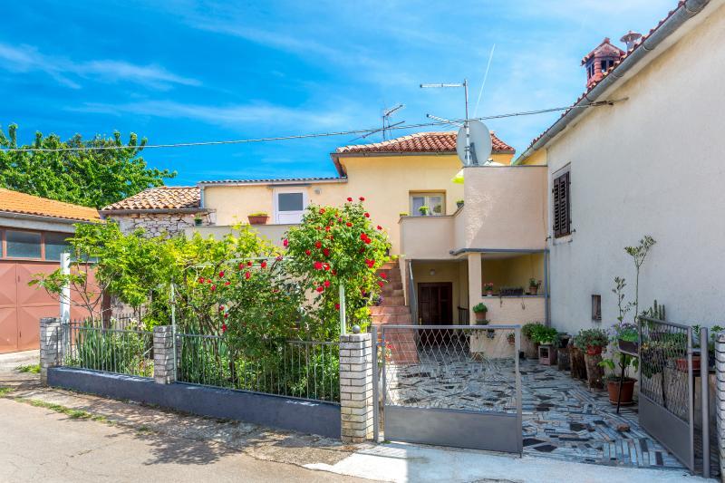 House Lucky, casa vacanza a Marcana