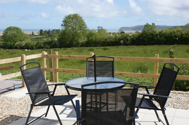 Outdoor dining area - where the seaside meets the countryside