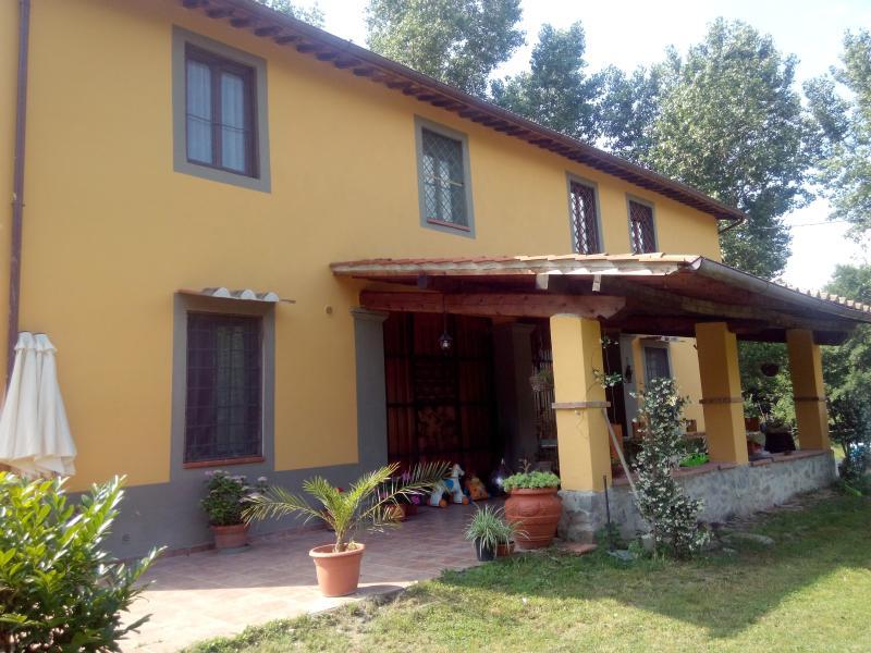 il casale èun ambiente famigliaree circondato dal, vacation rental in Ciliegi