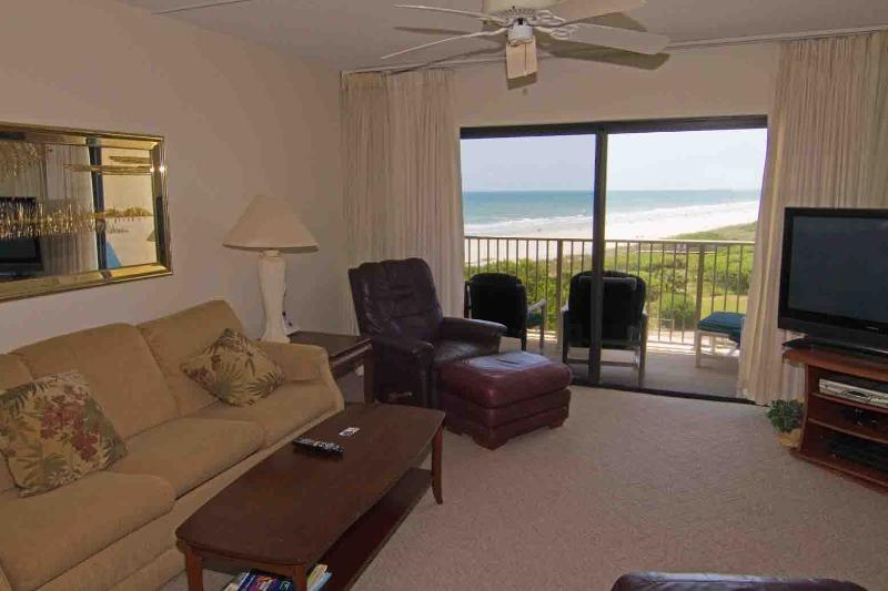 Canaveral Towers #603, holiday rental in Cape Canaveral