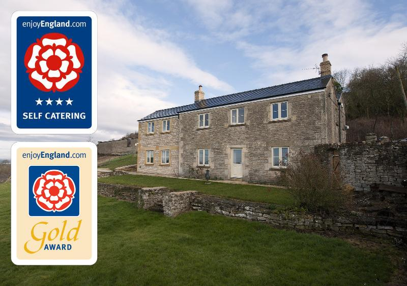 Bushcombe House Farm *** awarded Quality in Tourism 4 Star Gold *** and 5 star guest comments