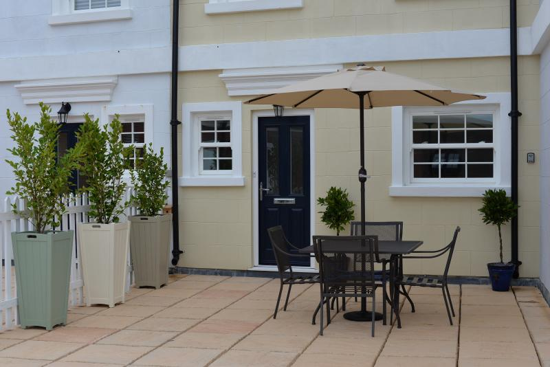 Fantastic south facing patio terrace for alfresco dining