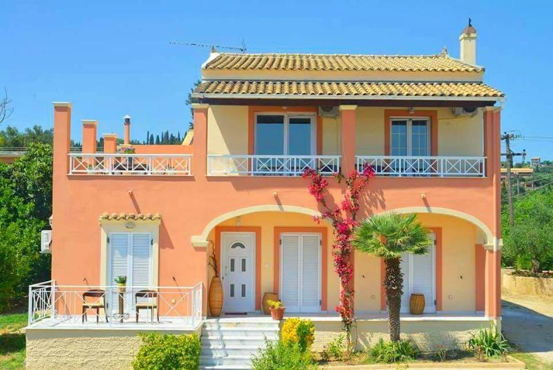 VILLA ALONI CORFU, vacation rental in Pyrgi