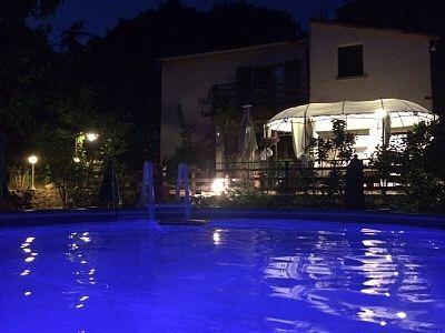 PROPRIETE ARDECHE avec piscine avec PROMO -15%, aluguéis de temporada em Berrias et Castejau