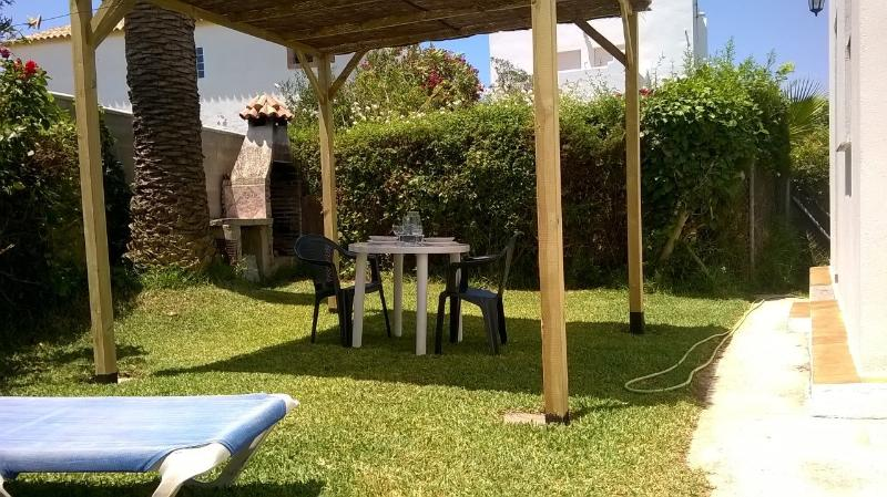 Garden with BBQ area