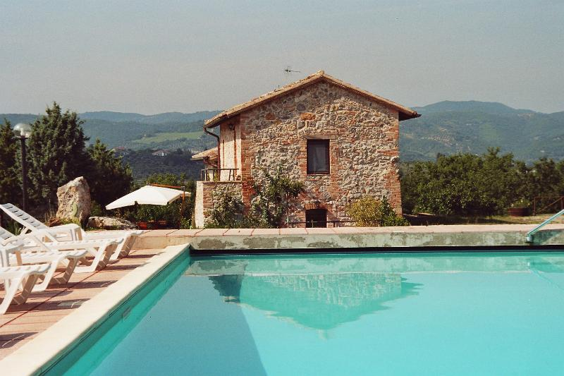 Le case di Lisetta Perugia, vacation rental in Cenerente