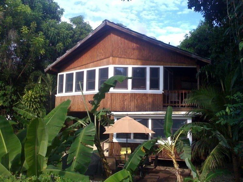 Tres Amigos Beach House,walk out back to the beach, location de vacances à Rincon