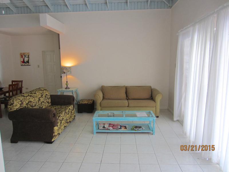 Sanora's spacious lounge