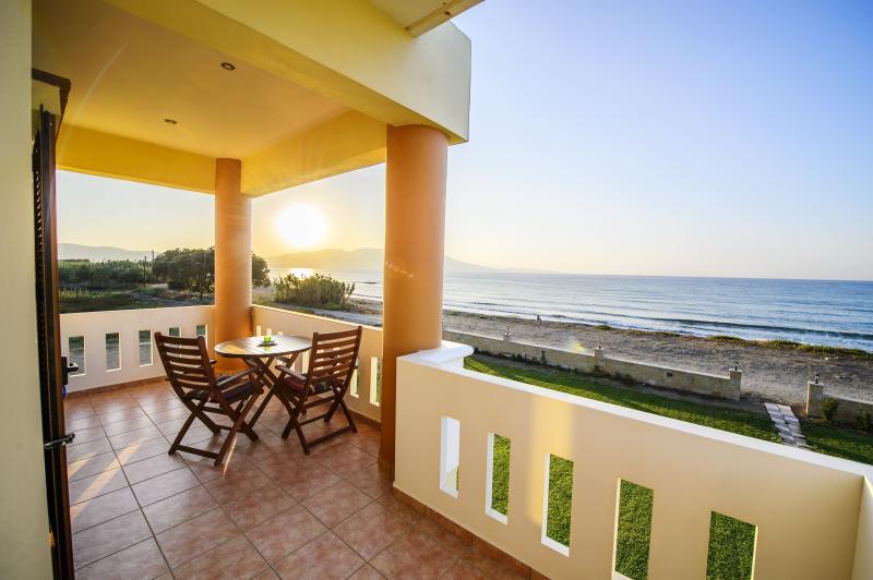 Thetis Apartment in Crete Island, Greece, holiday rental in Nopigia